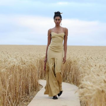 L'Amour – Jacquemus's summer 2021 fashion show was a great success